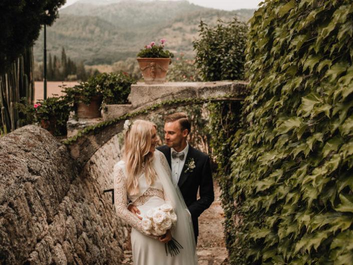 Layla & Rob | Fangar Wedding